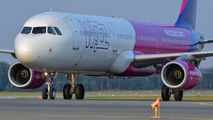 HA-LXR - Wizz Air Airbus A321 aircraft