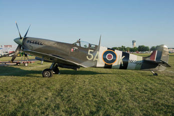 NX959RT - Private Supermarine Spitfire