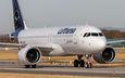 #4 Lufthansa Airbus A320 NEO D-AINK taken by Thorsten Urbanek