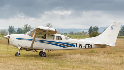 LN-FBI - Private Cessna 206 Stationair (all models)