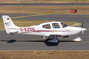 D-EZDG - Private Cirrus SR20