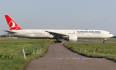 TC-JJH - Turkish Airlines Boeing 777-300ER