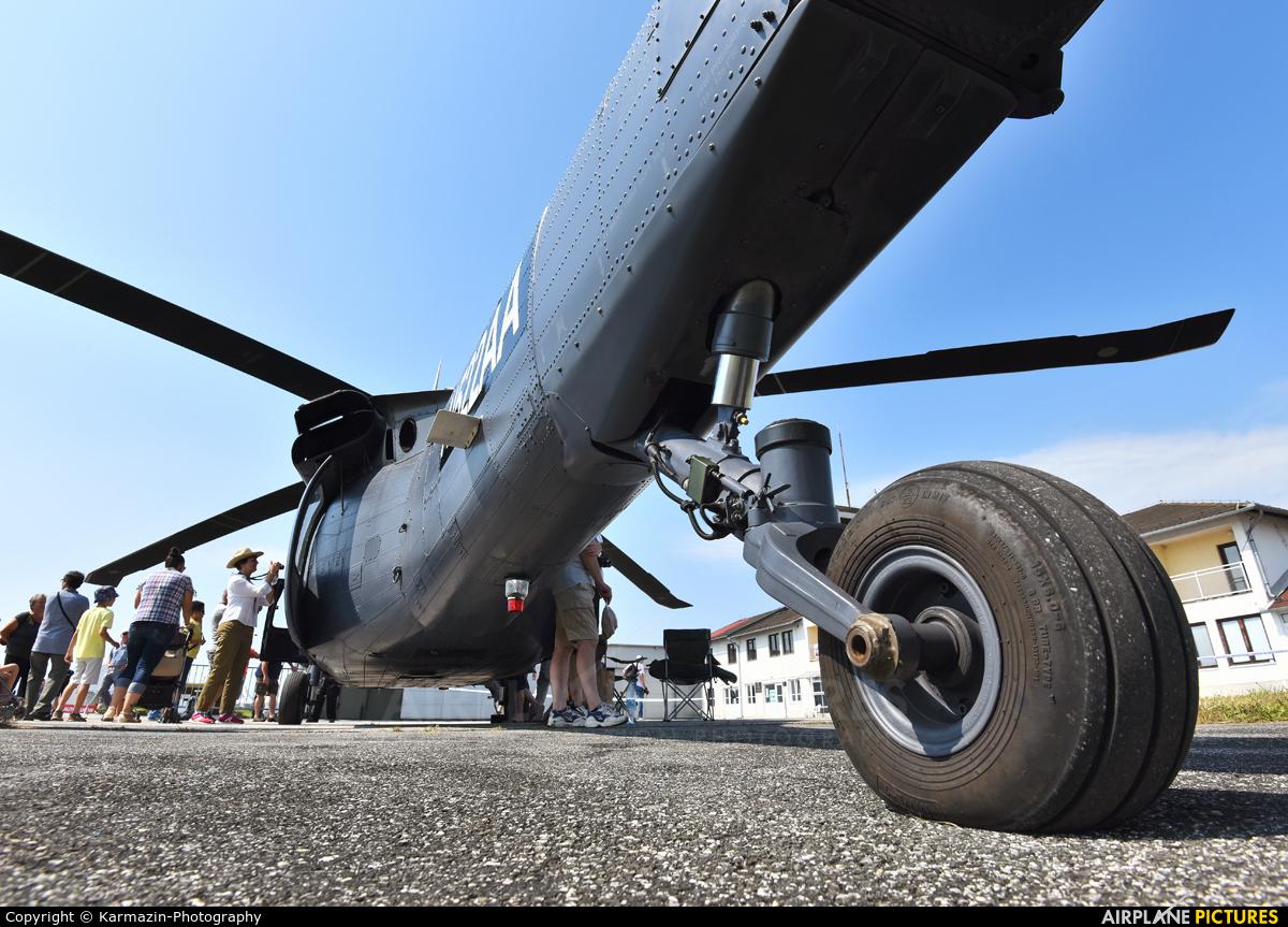 Slovak Training Academy N522AA aircraft at Varazdin