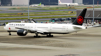 C-FITU - Air Canada Boeing 777-300ER