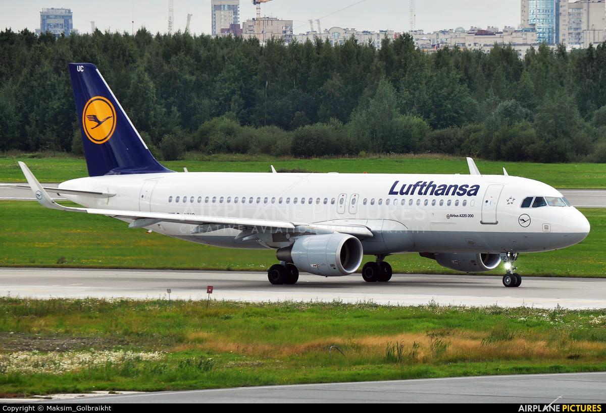 Lufthansa D-AIUC aircraft at St. Petersburg - Pulkovo