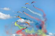 - - Flying Dragons Team Parachute Fan aircraft