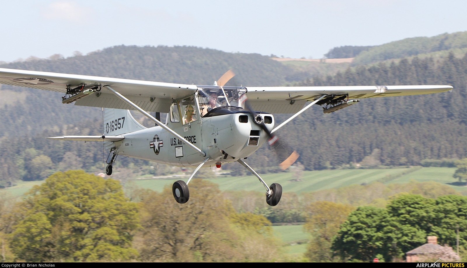 Private N5308G aircraft at Welshpool