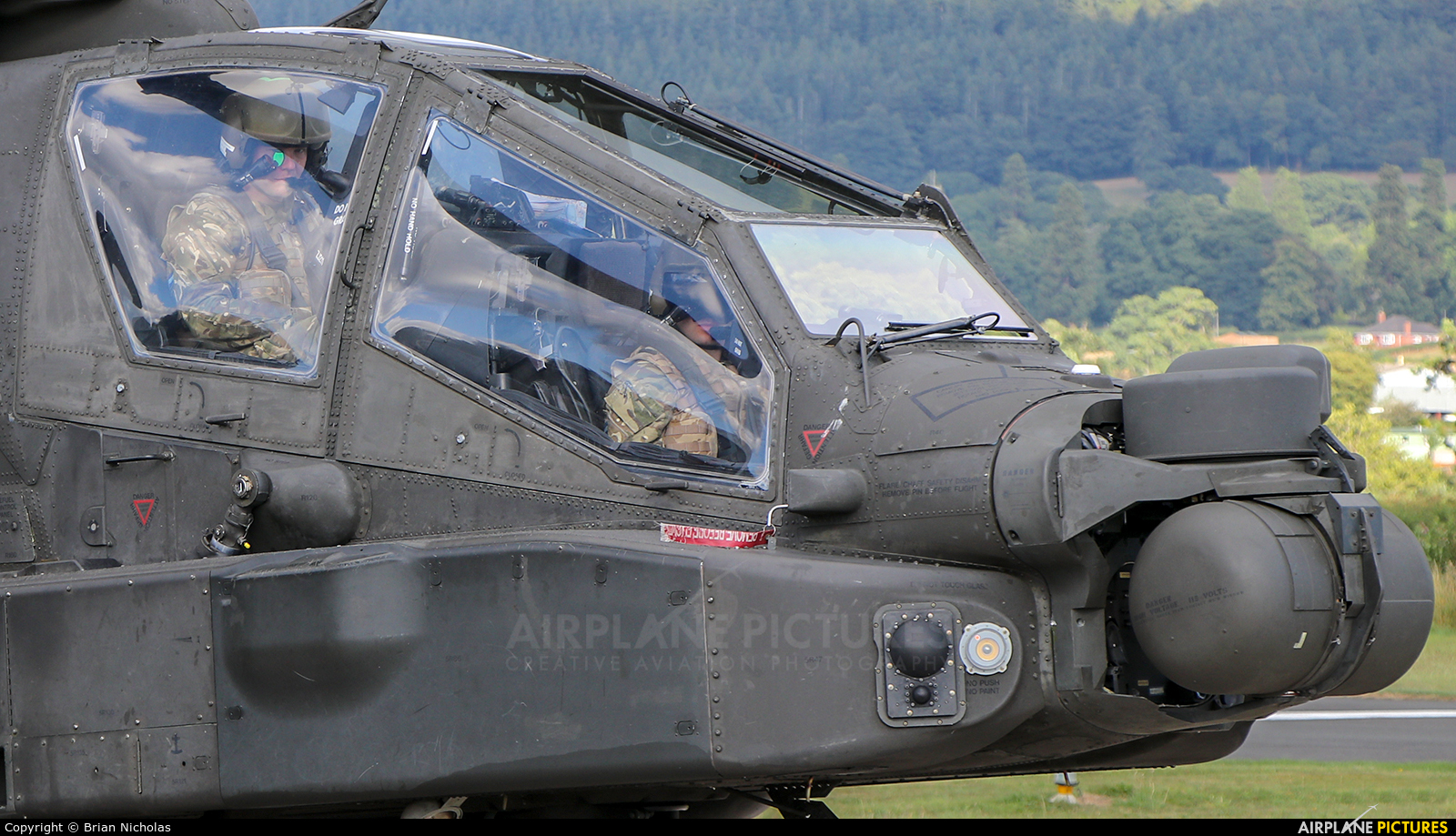 British Army ZJ211 aircraft at Welshpool