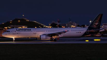 D-AIRD - Lufthansa Airbus A321