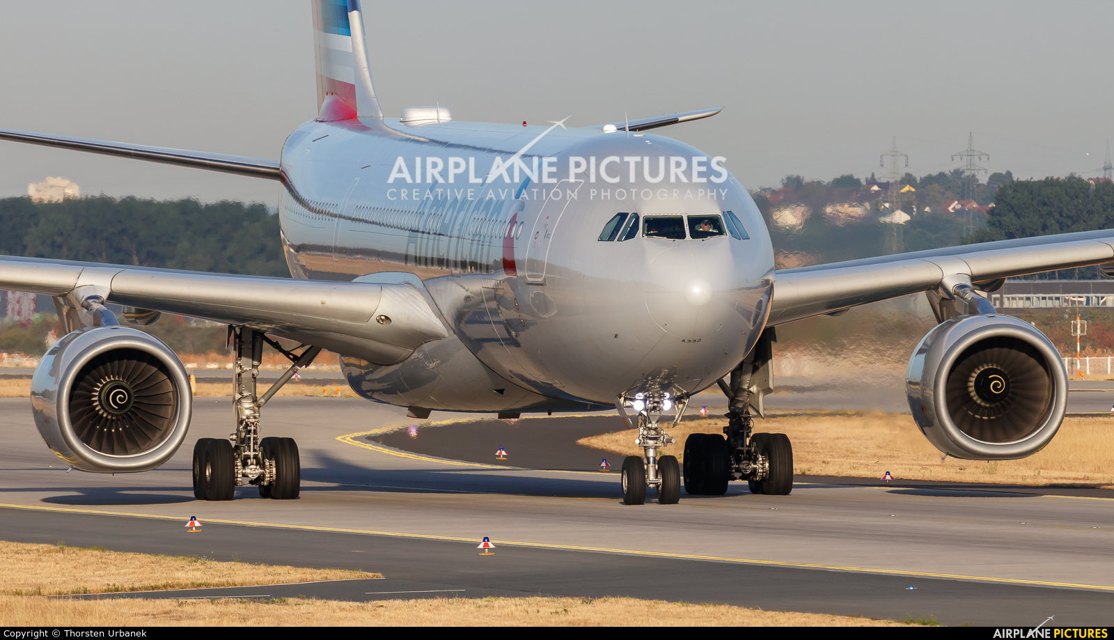 American Airlines N283AY aircraft at Frankfurt