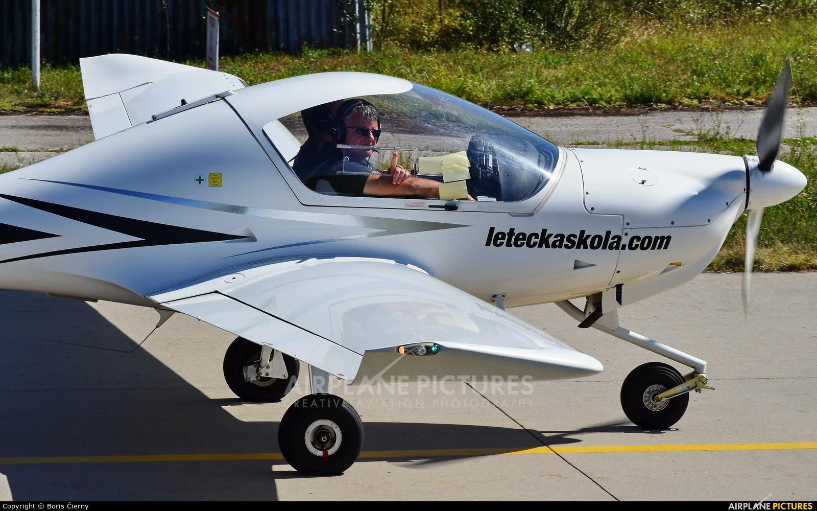 Seagle Air OM-HLK aircraft at Trenčín
