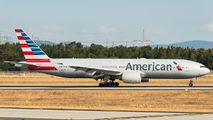 N752AN - American Airlines Boeing 777-200ER aircraft
