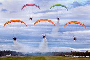 - - Flying Dragons Team Parachute Fan