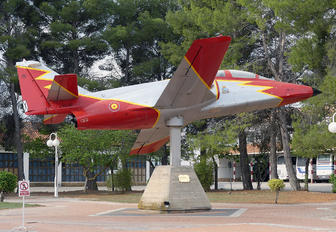 E.25-22 - Spain - Air Force : Patrulla Aguila Casa C-101EB Aviojet