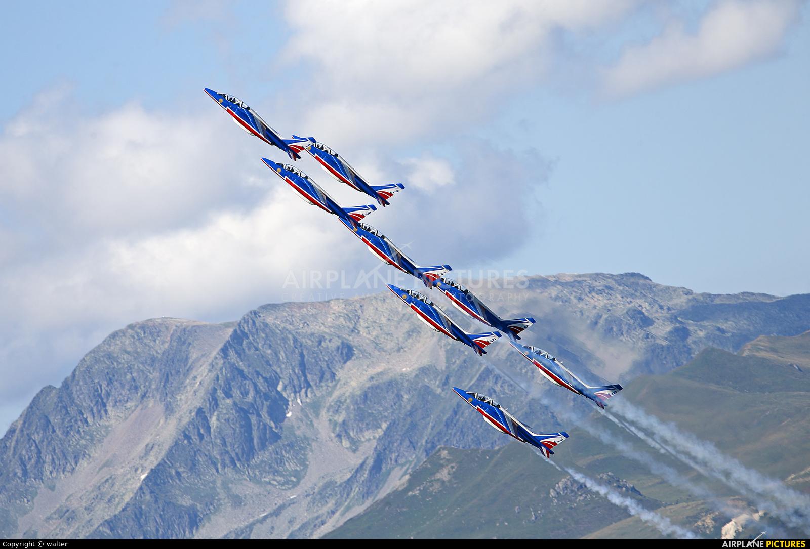 "France - Air Force ""Patrouille de France"" - aircraft at Courchevel"