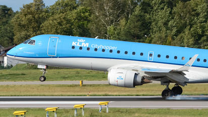 PH-EZF - KLM Cityhopper Embraer ERJ-190 (190-100)