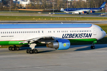 UK67004 - Uzbekistan Airways Boeing 767-300ER