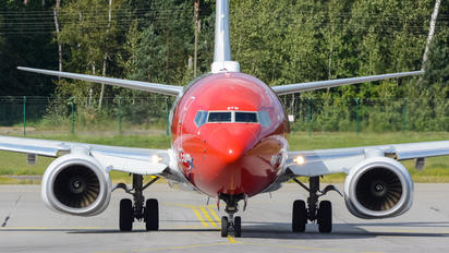 LN-DYW - Norwegian Air Shuttle Boeing 737-800