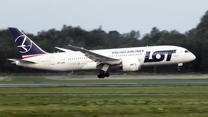 SP-LRC - LOT - Polish Airlines Boeing 787-8 Dreamliner
