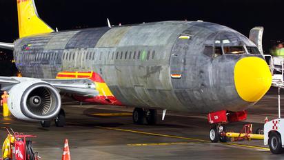 YV573T - DHL - Vensecar Internacional Boeing 737-400SF