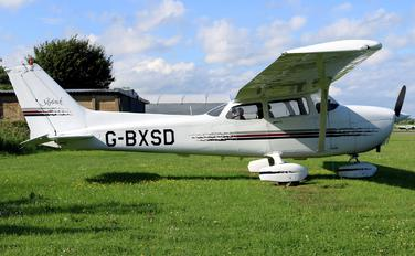 G-BXSD - Private Cessna 172 Skyhawk (all models except RG)