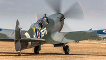 G-CTIX - Private Supermarine Spitfire T.9 aircraft