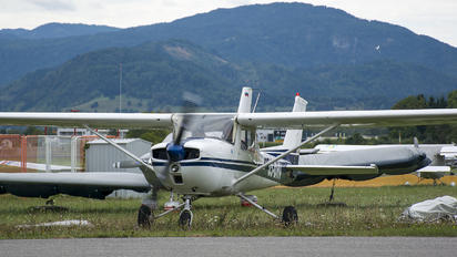 S5-DHV - Private Cessna 150