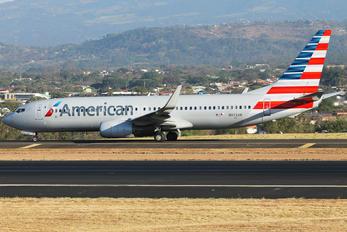 N972AN - American Airlines Boeing 737-800