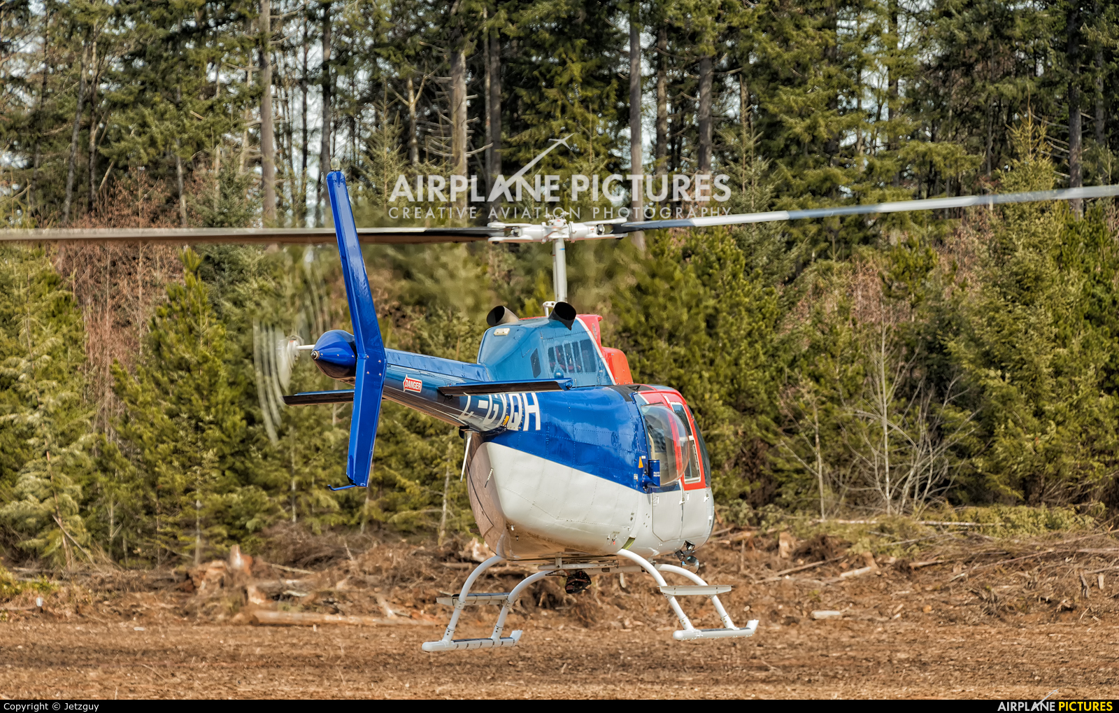 49 North Helicopters C-GYQH aircraft at Campbell River Airport