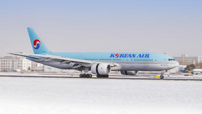 HL7574 - Korean Air Boeing 777-200