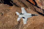 VFA136-302 - USA - Navy McDonnell Douglas F/A-18A Hornet aircraft