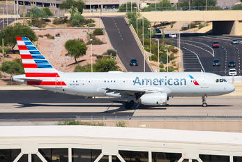 N668AW - American Airlines Airbus A320