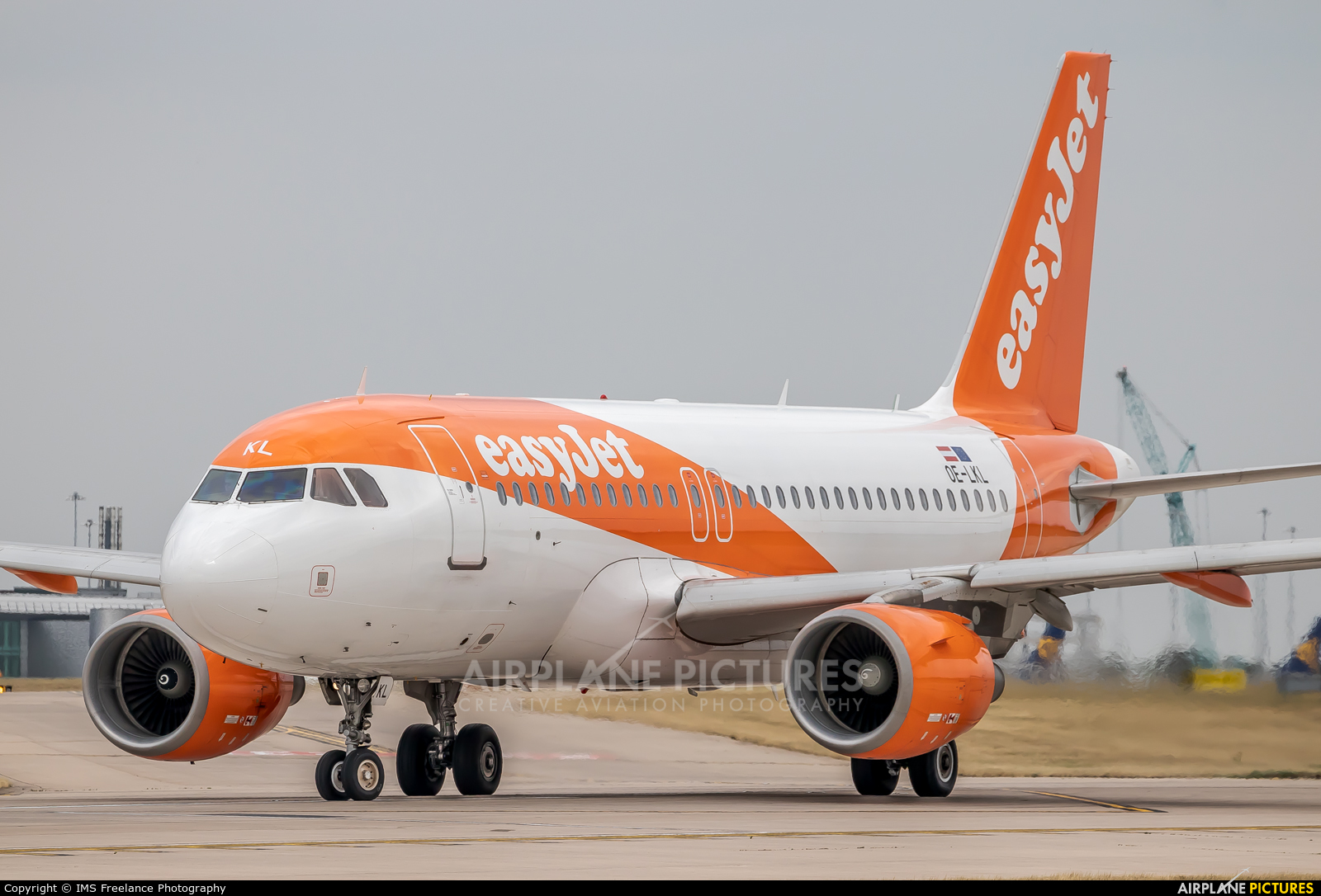 easyJet Europe OE-LKL aircraft at Manchester
