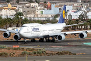 D-ABYU - Lufthansa Boeing 747-8 aircraft