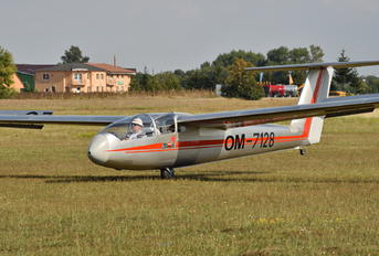 OM-7128 - Private LET L-23 Superblaník