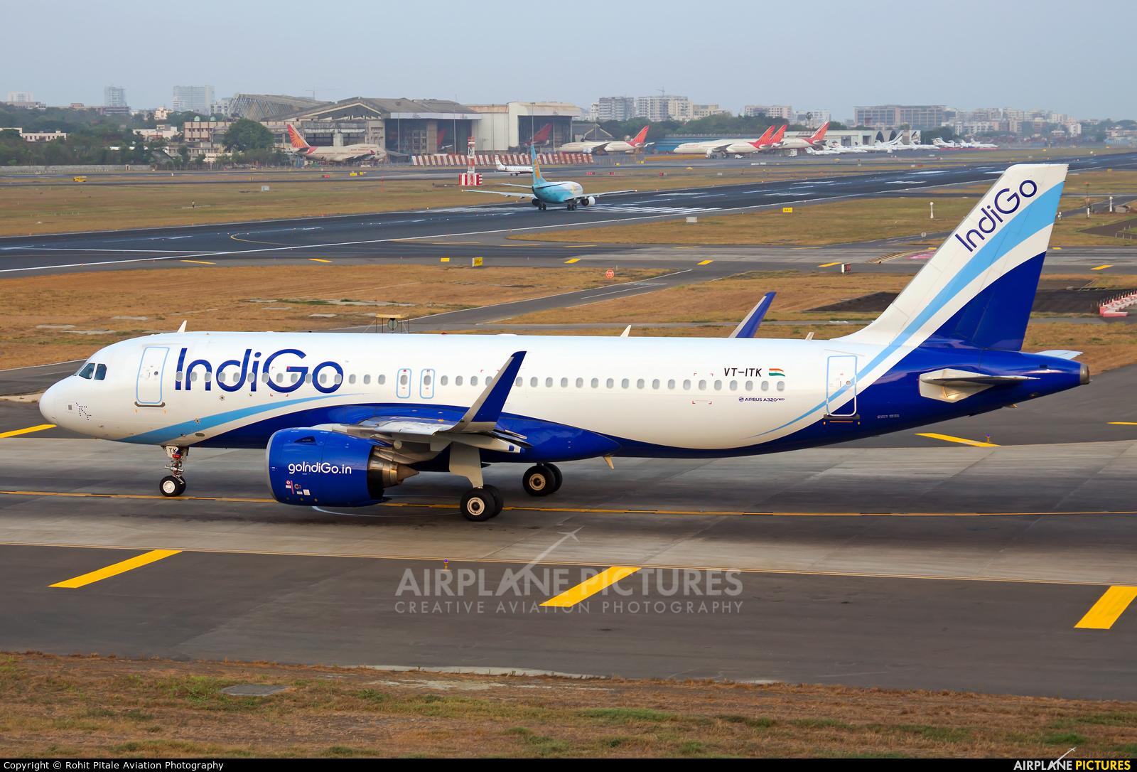 IndiGo VT-ITK aircraft at Mumbai - Chhatrapati Shivaji Intl