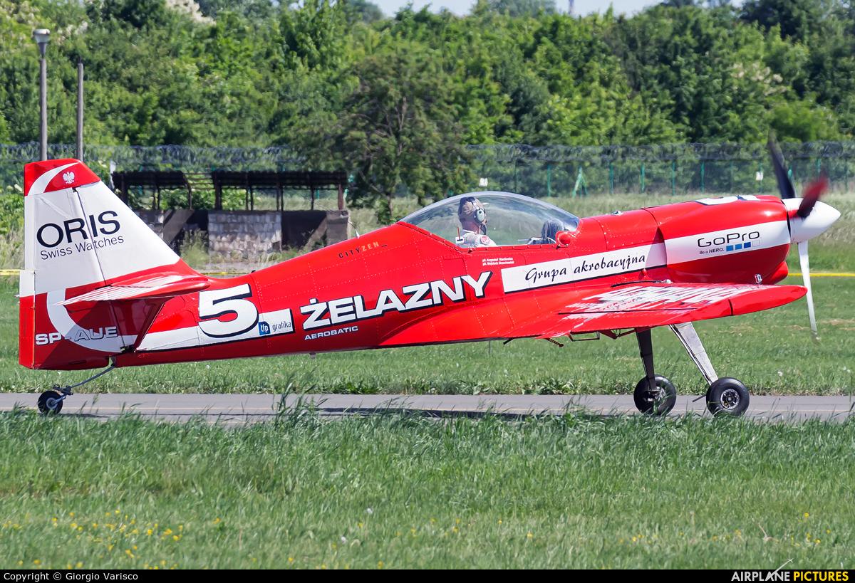 Grupa Akrobacyjna Żelazny - Acrobatic Group SP-AUE aircraft at Poznań - Ławica