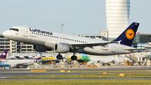 D-AIQD - Lufthansa Airbus A320 aircraft