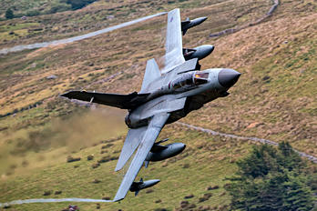 - - Royal Air Force Panavia Tornado GR.4 / 4A