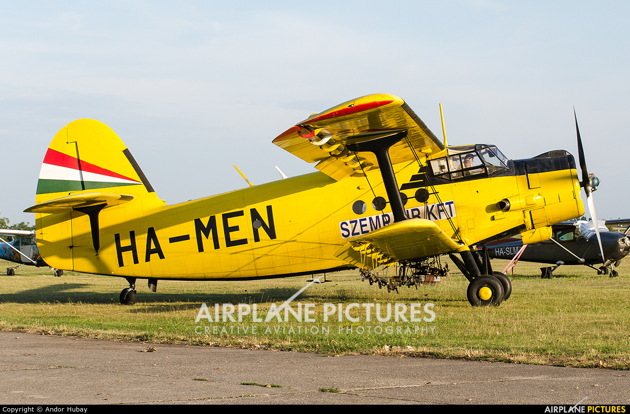 Private HA-MEN aircraft at Dunaújváros