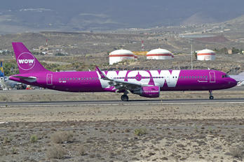 TF-WIN - WOW Air Airbus A321