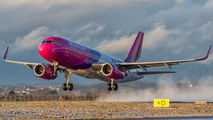 HA-LWR - Wizz Air Airbus A320 aircraft