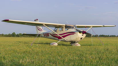 D-EEBD - Private Cessna 172 Skyhawk (all models except RG)