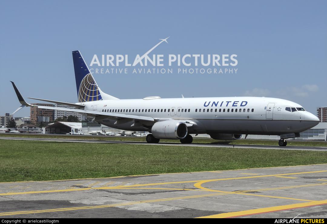 United Airlines N73291 aircraft at Guatemala - La Aurora