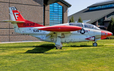 158312 - USA - Navy North American T-2C Buckeye