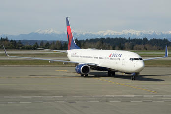 N817DN - Delta Air Lines Boeing 737-900ER