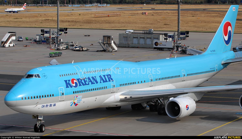 Korean Air HL7638 aircraft at Frankfurt