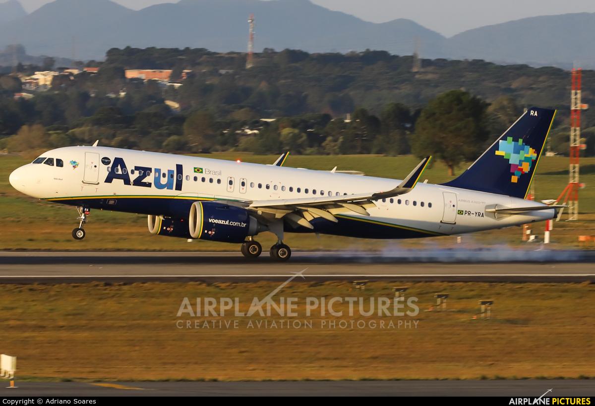 Azul Linhas Aéreas PR-YRA aircraft at Curitiba -  Afonso Pena