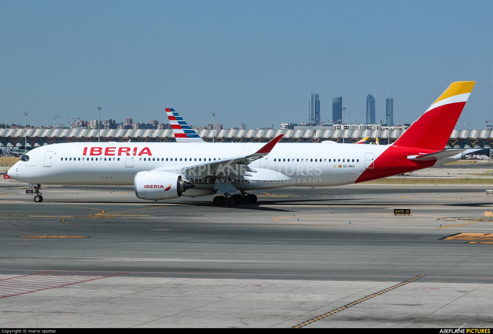 Iberia EC-MXV aircraft at Madrid - Barajas