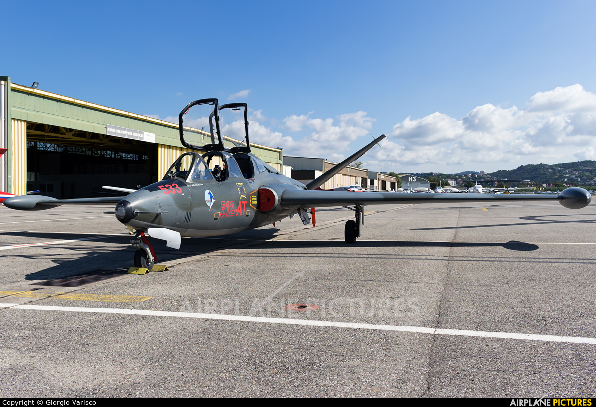 Private F-AZSX aircraft at Cannes - Mandelieu